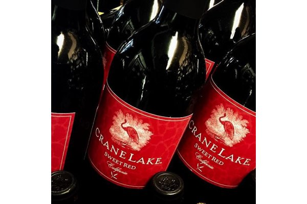 Crane Lake Sweet Red Imported California Wine